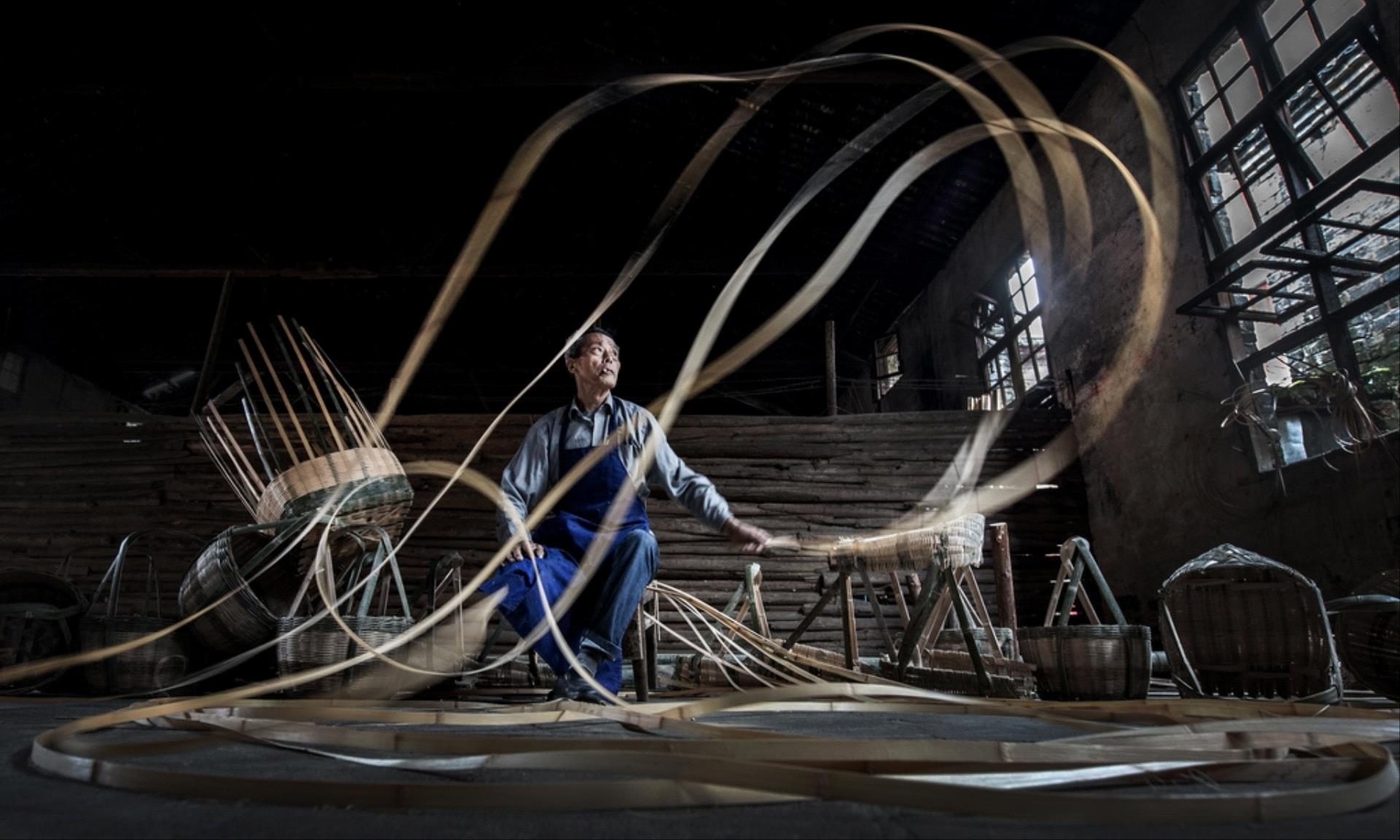 IUP Gold Medal - Guohua Zhou (China)  Bamboo Dance