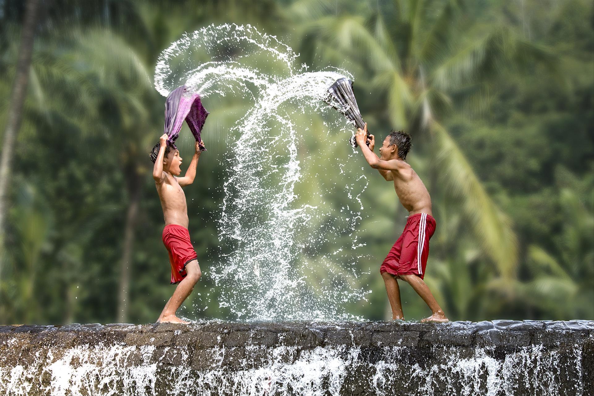 PhotoVivo Honor Mention - Kristanto Lie (Indonesia)  Splash