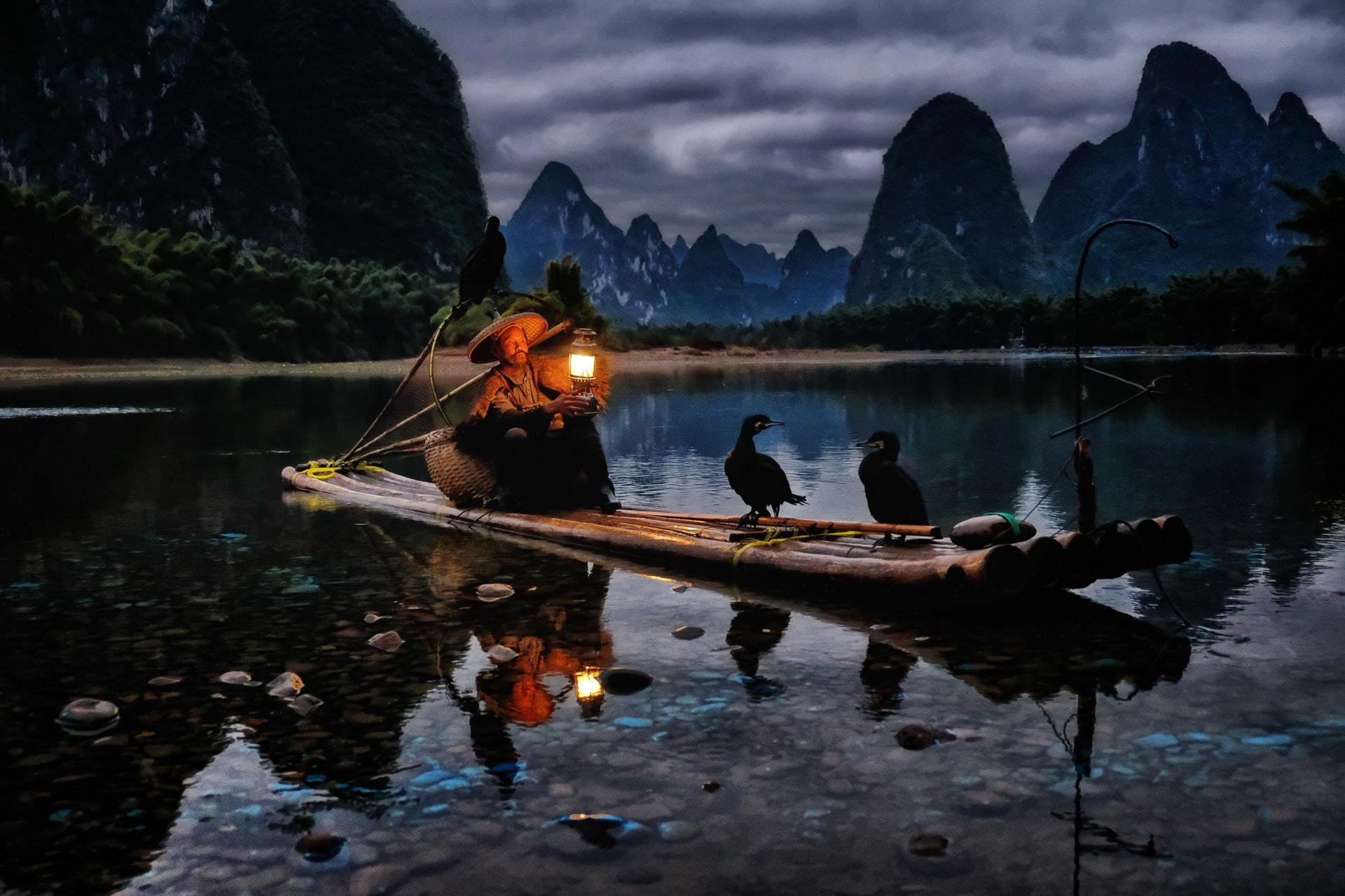 IUP HM - Siong-Lim Kuah (Singapore) <br /> Li River Fisherman