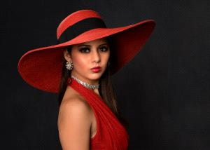 APAS Honor Mention e-certificate - Larry Cowles (USA) <br /> Classy Velia Stunning In Red